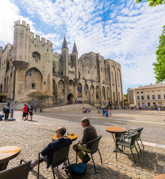 Palais des Papes à Avignon ©Verneuil T.